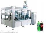Vollautomatische gekohlte Getränk-Flaschenreinigung-füllende und mit einer Kappe bedeckende Maschine