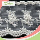 Шнурок вышивки фабрики OEM красивейший сетчатый для приглашения венчания