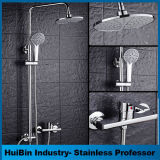 Casa de banho com duche de Mistura de chuva Combo de luxo situado na parede do sistema de chuveiro Rainfall cromo polido chuveiro confinado definido