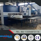 CNC van Dadong D-T30 de Machine van het Ponsen van het Torentje voor de Rekken van de Koude Zaal