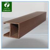 le plastique en bois WPC de 50*90mm autoguident le plafond décoratif