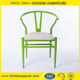 Cadeira do Wishbone Y do metal que janta a cadeira com coxim