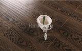 O revestimento de madeira projetado da cinza de Brown do preto