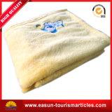 Coperta di corallo del panno morbido del ricamo poco costoso di marchio (ES3051517AMA)