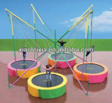Im Freienspiel-Trampoline-Federelement-Übungen mit Sicherheits-Netzkabel