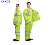 De Weerspiegelende Regenjas van de politie