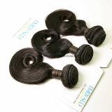Colore naturale del Virgin dell'arricciatura magica brasiliana dei capelli tre parti in un pacchetto