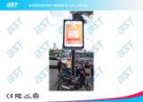 Écran d'Afficheur LED de la publicité commerciale de Pôles de rue de P8mm dans le modèle de smartphone