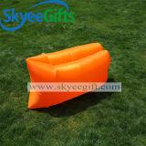 屋外および屋内不精で膨脹可能な寝袋の空気ソファー