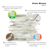 Non si sbiadice mai il mosaico grigio di vetro delle mattonelle della parete della stanza da bagno