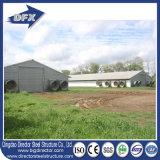山東は肉焼き器の農場のための家禽装置が付いている鉄骨構造の家禽の家を組立て式に作った