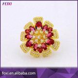 大きい花のジルコニアの宝石類のリングをめっきする18Kイエロー・ゴールド