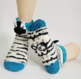 Calcetines de interior Fuzzy Fluffy Socks Women Microfiber de señora, calcetines del suelo de las mujeres