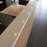 プレハブの固体表面のCorianの水晶石のテーブルの上