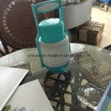 Simples e barato a bomba de água de plástico com pega