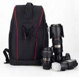 Berufsfoto-im Freienlaptop-Digitalkamera-Beutel-Kamera-Rucksack