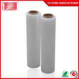 Un matériau plastique et les transports L'utilisation industrielle polyéthylène de film étirable