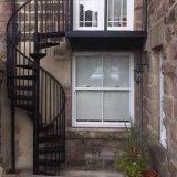 Escalera espiral galvanizada diseño de acero al aire libre moderno de la escalera