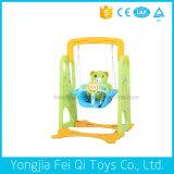 아이들의 옥외 운동장 활주 및 그네에 의하여 가져오는 플라스틱 장난감 조합