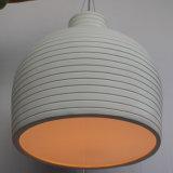 Lampe pendante ronde blanche de fibre de verre simple européenne pour l'hôtel