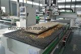 Puerta del centro de mecanización del CNC que hace el grabador y a cortador