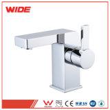 La Chine à poignée unique les conceptions de l'eau des robinets mélangeurs