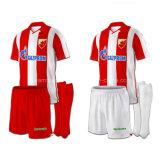 Novo Design barato camisa futebol sublimação personalizados uniformes de futebol