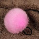 新しいデザイン毛皮のポンポンの球の安いKeychainののどの毛皮