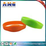 Haute fréquence Justable RFID HF bracelet en silicone en charge la lecture de l'écriture