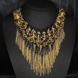 方法金宝石類のふさのネックレス
