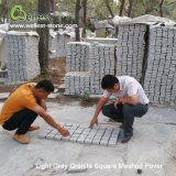 Pietra per lastricati ingranata Sqaure chiara del ciottolo del granito del granito per il lastricatore del patio