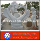 Mano que talla para la escultura de piedra natural del cisne del granito