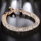 方法宝石類のステンレス鋼の金によってめっきされる網の水晶のブレスレット