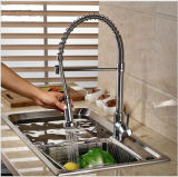 Le mélangeur commercial balayé de robinet de cuisine de nickel retirent