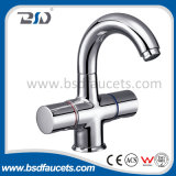 Handset를 가진 두 배 Handle Wall Mounted Bath Shower Mixer Faucet