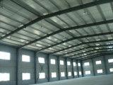 La estructura de acero/el taller/el almacén prefabricados/vertieron