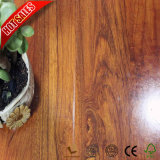 Résistant à l'eau Teakmaster conçoit des planchers laminés