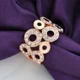 Ring van de Manier van het Kristal van de Juwelen van vrouwen de Kunstmatige Buitensporige Gouden