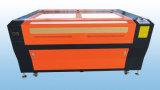 Cortador de acrílico de madera del laser del cuero con las pistas duales del laser