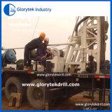 在庫のトラックによって取付けられる掘削装置の井戸の掘削装置