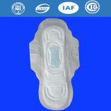 Serviettes sanitaires de femmes avec le fabricant de garniture sanitaire d'anion en Chine (A380)