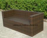 Il sofà esterno di vimini della mobilia del giardino di alta qualità poco costosa di prezzi ha impostato usando l'hotel/spiaggia /Pool/Balcony (YT176)