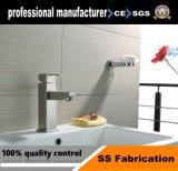 304 En acier inoxydable brossé du bassin de la salle de bains robinet mélangeur