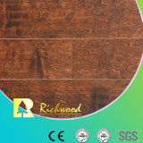 8.3mm E1 HDF는 V 홈이 있는 밀초를 바른 예리하게 된 박층으로 이루어지는 마루를 돋을새김했다