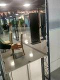 Standplatz 32 '' 42 '' 55 '' 65 '' 75 '' 80 '' oder an der Wand befestigter magischer Spiegel, die LCD-Bildschirmanzeige bekanntmachen