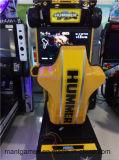 ゲーム・マシンを競争させるシミュレーター装置のシミュレーターを運転する32インチのハンマー