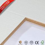 販売の木製の穀物8mmの積層のフロアーリングの最もよい価格