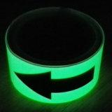 4 ore che emettono luce nel nastro Photoluminescent di Cuation di oscurità per la segnaletica di sicurezza
