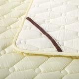 Hecho en pista de colchón acolchada descuento de la base del algodón de China