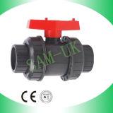 Double robinet à tournant sphérique de PVC de robinet à tournant sphérique des syndicats de PVC